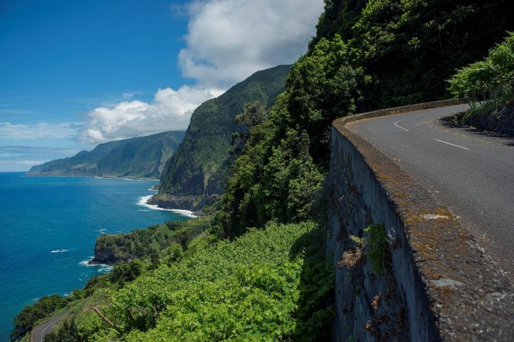 THE MOST SPECTACULAR SCENIC ROADS IN MADEIRA!